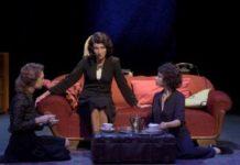 Un huit-clos sous haute tension emmené par trois comédiennes d'exception