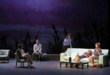 Emmanuelle Devos savoureuse en midinette paumée et névrosée dans la pièce de Yasmina Reza