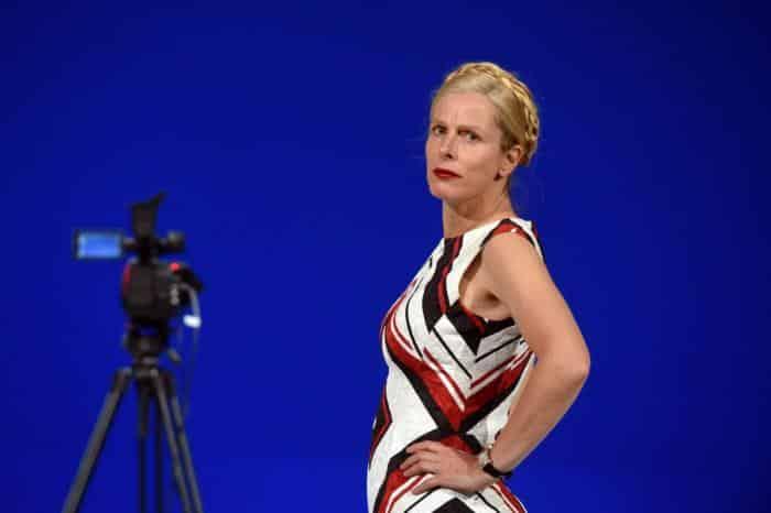 Véra, un rôle en or pour Karin Viard : captation intégrale