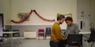 """""""Love"""", le théâtre social en toute intimité d'Alexander Zeldin"""
