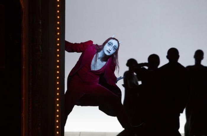 Faust I & II : le deal parfait avec le Diable de Bob Wilson